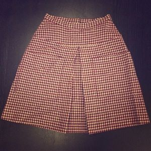 Vintage plaid wool skirt with pleat and pockets